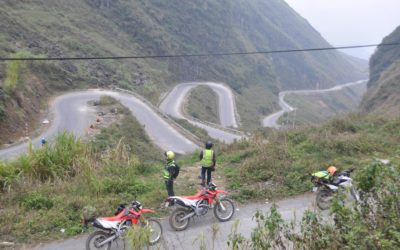 Amazing road with curves to Ha Giang