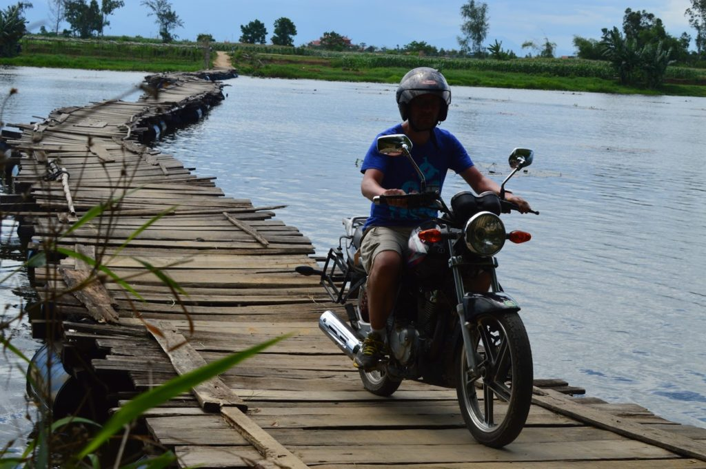 HOI AN OFF-ROAD MOTORCYCLE TOUR TO HUE FOR 4 DAYS