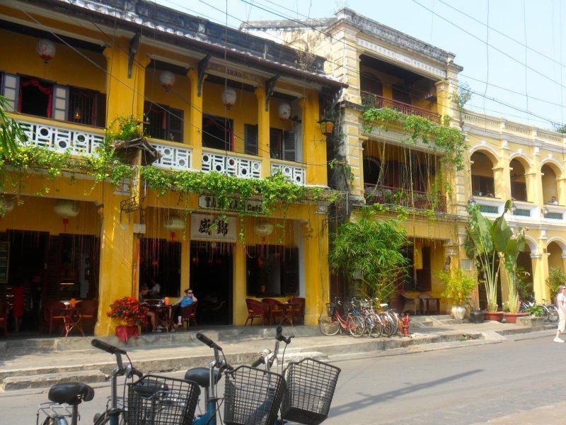 HUE MOTORBIKE TOUR TO HOI AN VIA CUA TUNG - KHE SANH