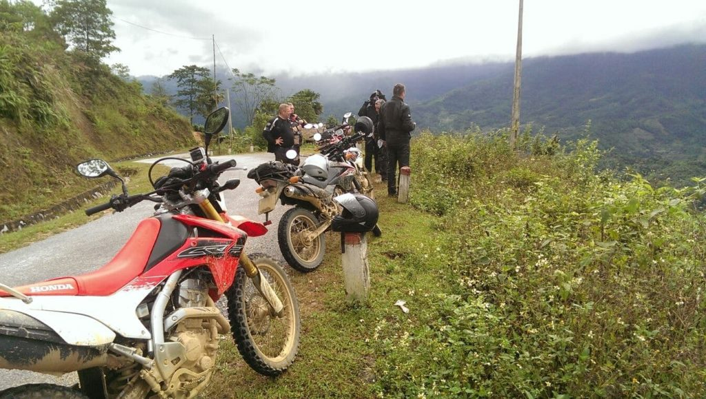 VIETNAM OFFROAD MOTORBIKE TOUR TO SAPA WITH NIGHT TRAIN BACK