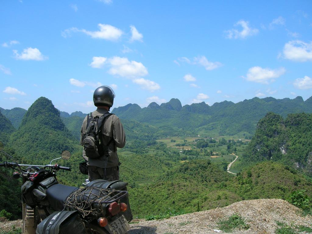 HUE MOTORCYCLE TOUR TO PHONG NHA AND THIEN DUONG CAVE