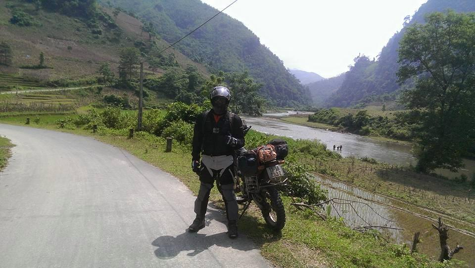 Hanoi motorbike tour to Ha Long Bay and Cat Ba Island