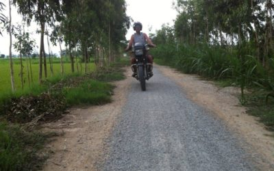 Full day Saigon motorcycle Tour to Cao Dai Temple and Cu Chi tunnels