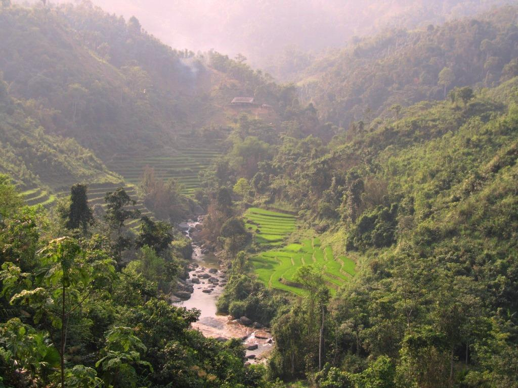 HANOI MOTORCYCLE TOUR TO PU LUONG NATURE RESERVE, MAI CHAU - 4 DAYS