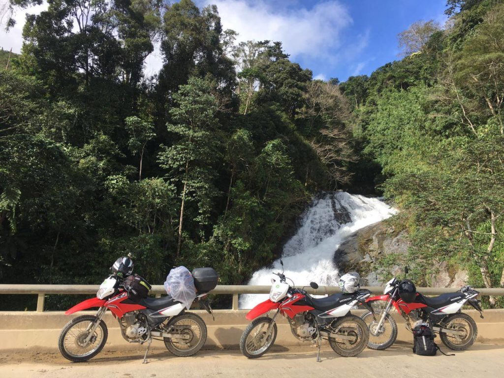 VIETNAM EASY MOTORBIKE TOUR FROM SAIGON TO HANOI