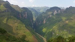 Hanoi Motorbike Tour to Ha Giang via Bac Ha, Thac Ba, Ba Be – 7 Days