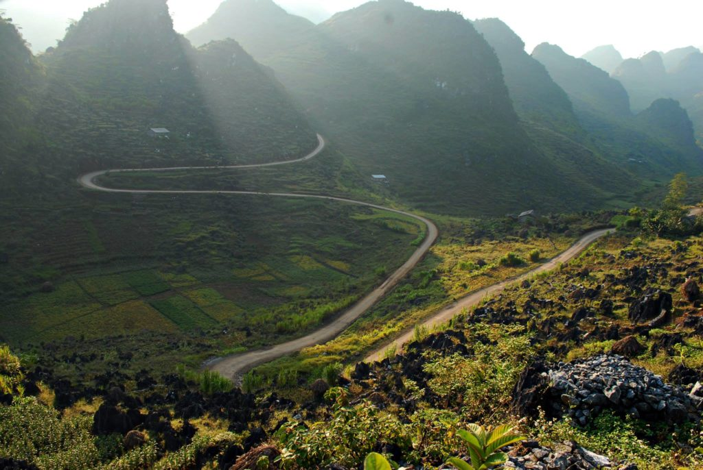 ESSENTIAL VIETNAM NORTH-WEST MOTORBIKE TOUR TO HA GIANG